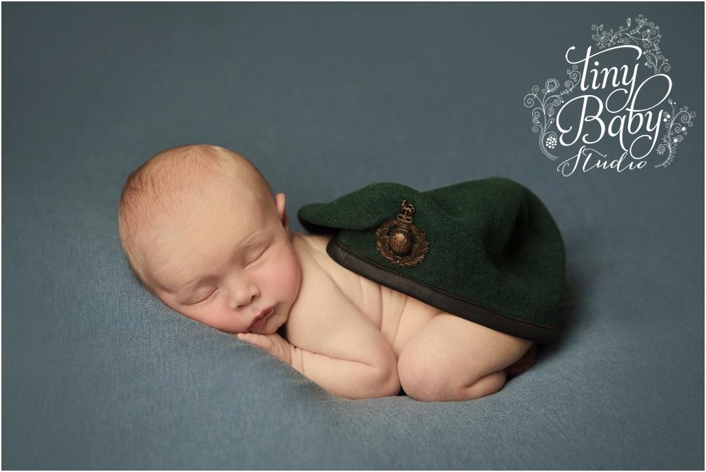 tiny-baby-studio-newcastle-newborn-baby-photographer-forces-baby
