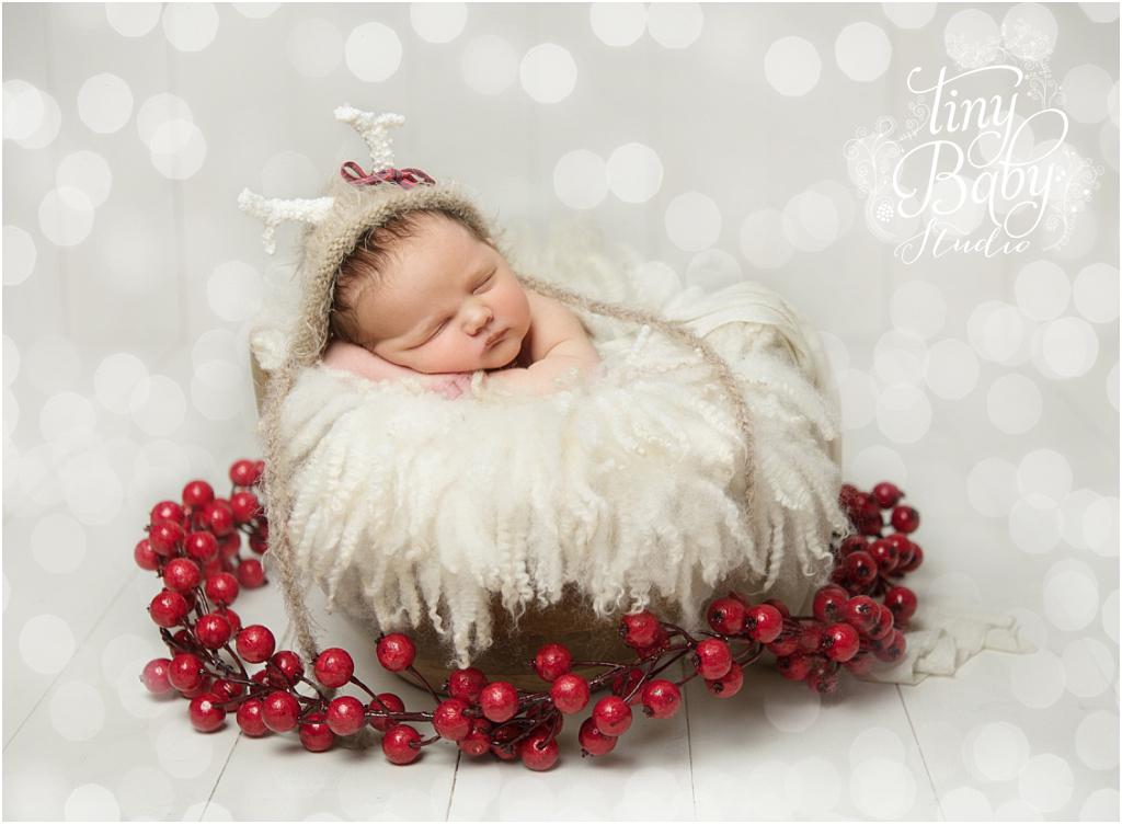 tiny-baby-studio-newcastle-newborn-baby-photographer-newborn-baby-christmas-time