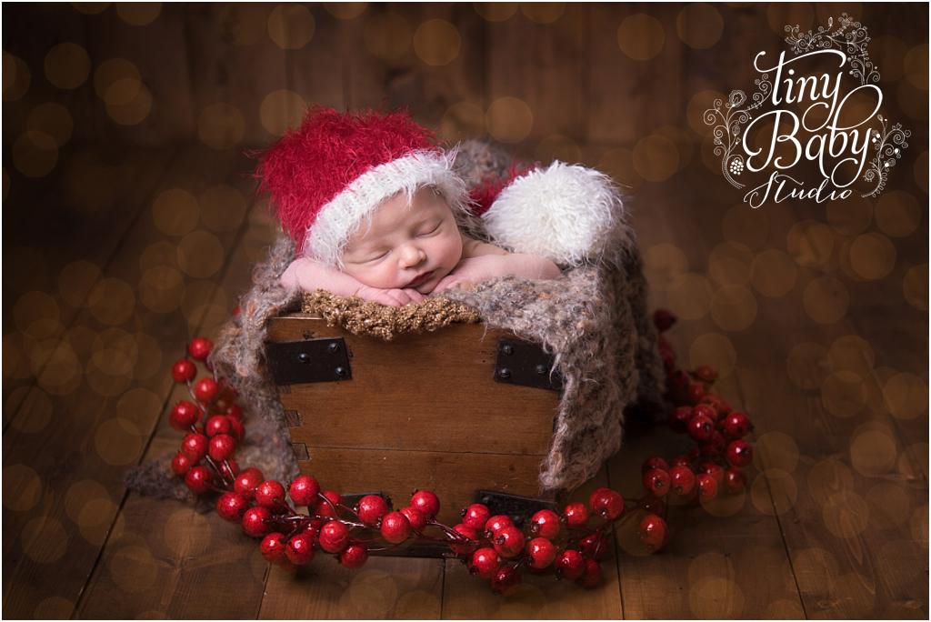 tiny-baby-studio-newcastle-newborn-baby-photographer-newborn-baby-christmas