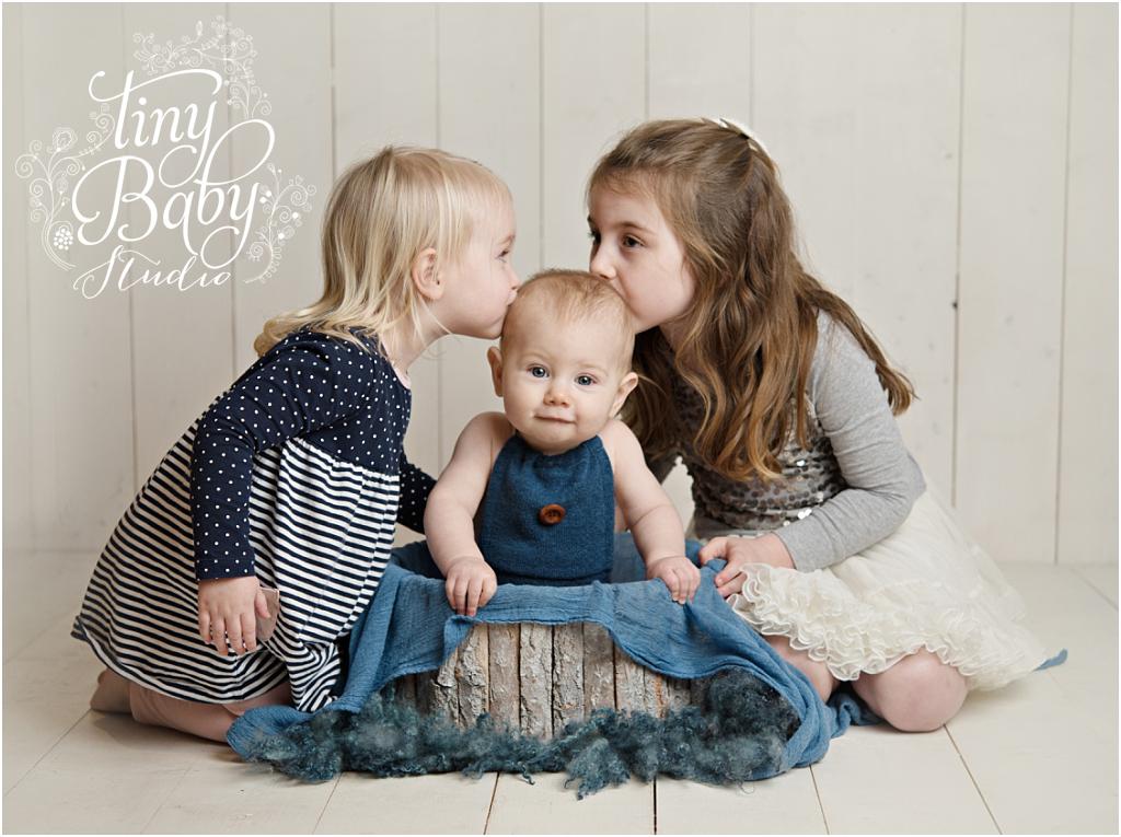 Tiny Baby Studio Newcastle newborn baby photographer sibling