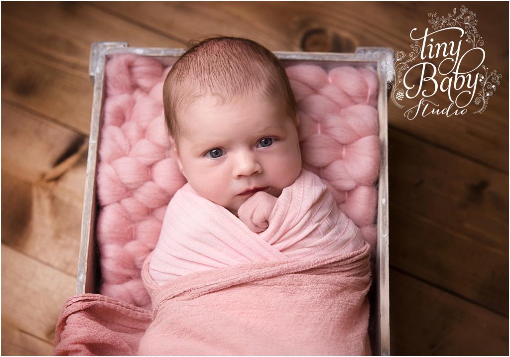 tiny-baby-studio-newcastle-newborn-photographer-newborn-wide-awake