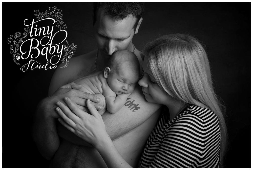 Tiny Baby Studio Newcastle Newborn Photography Family portrait